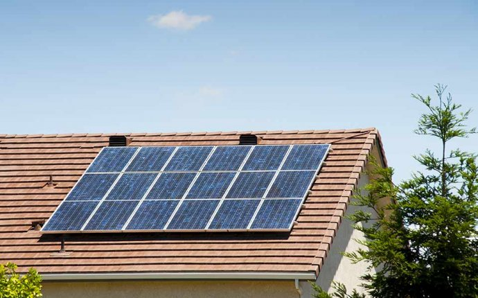 Home Solar Panel Installation Tips | Travelers Insurance