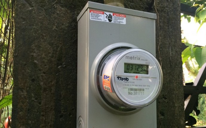 Indiana legislation takes aim at solar energy net metering