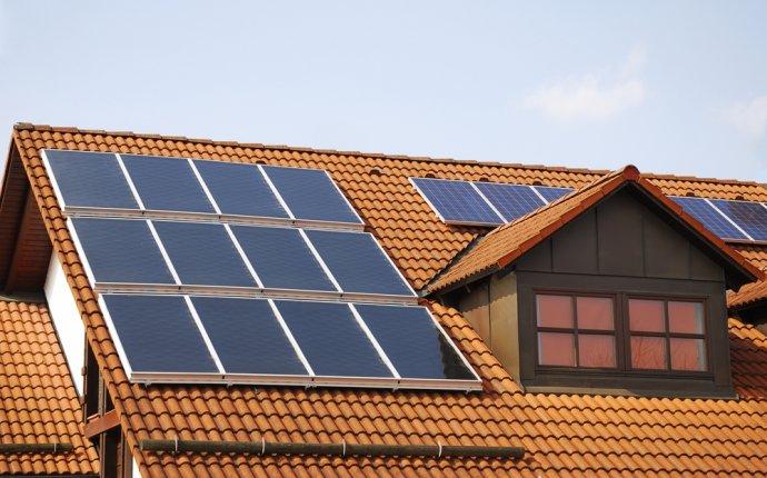 Rooftop Solar Panel Size - Aurora Roofing Contractors
