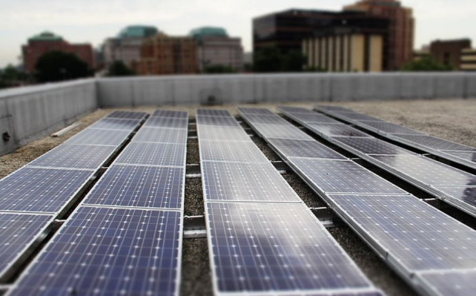ROOFTOP SOLAR PANELS COULD POWER NEARLY 40 PERCENT OF THE U.S