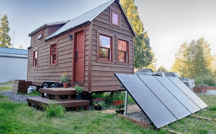 So You Think You Want a Solar-Powered Tiny House? 9 Reasons to