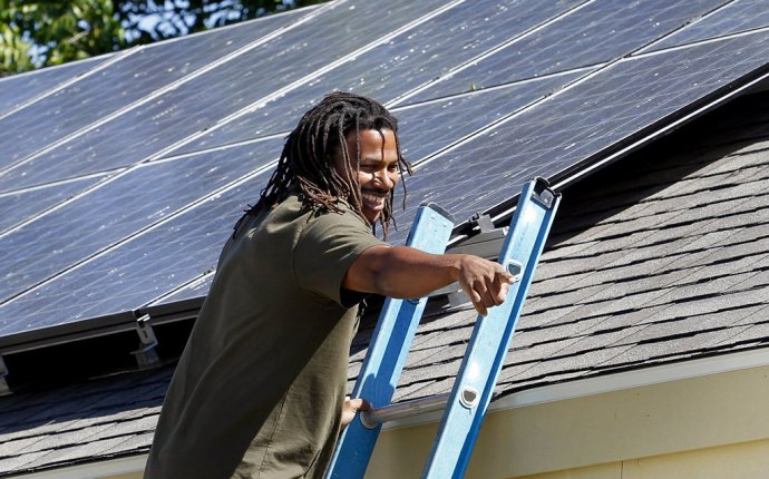 Solar panel installation business needs more regulation, some