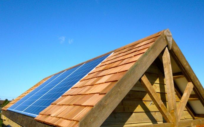 Tiny house with solar panels | Off Grid Solar Powered Tiny House