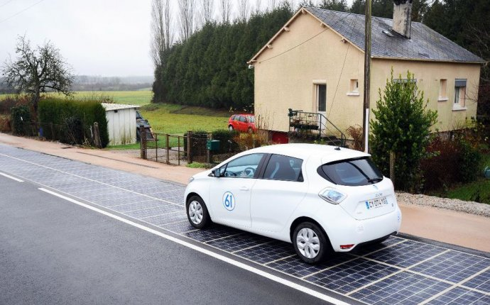 World s First Ever Road Made Out of Solar Panels Opens in France